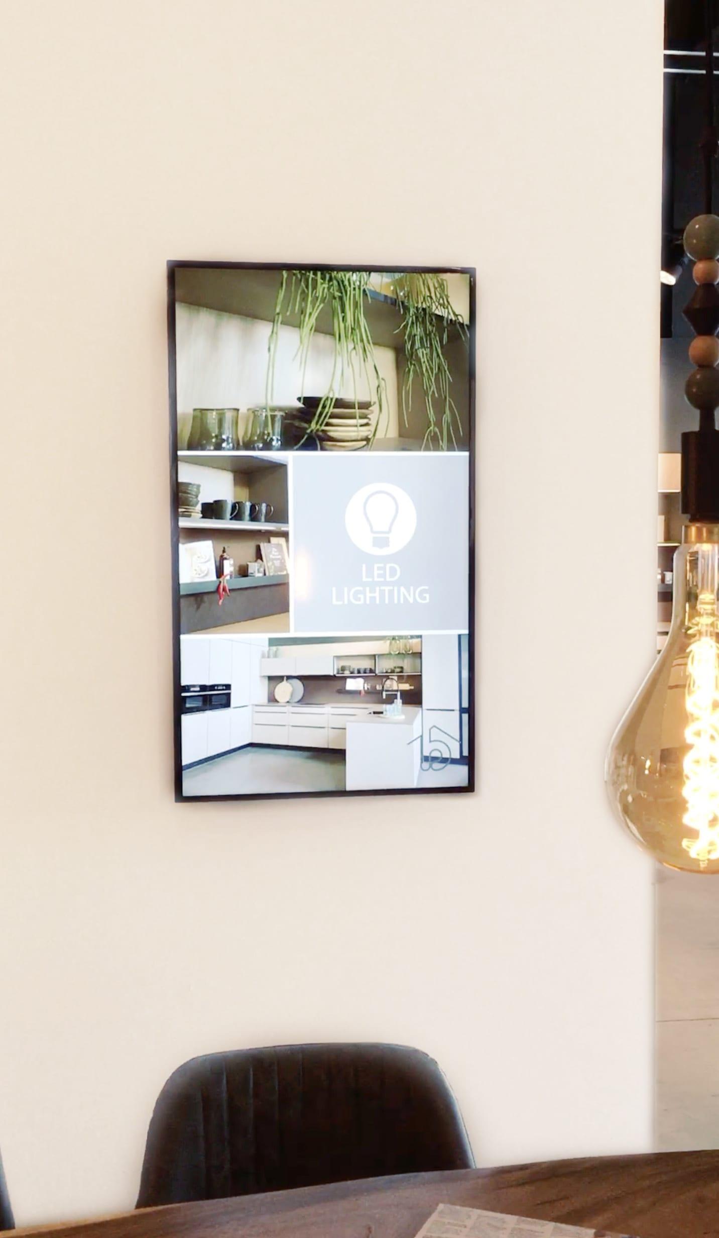 Voorbeeld van een storechannel monitor aan de muur